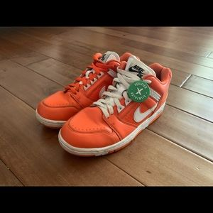 Supreme x Nike SB Air Force 2 Low 'Orange' Used 8